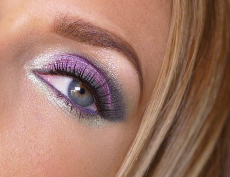 Lila Makeup