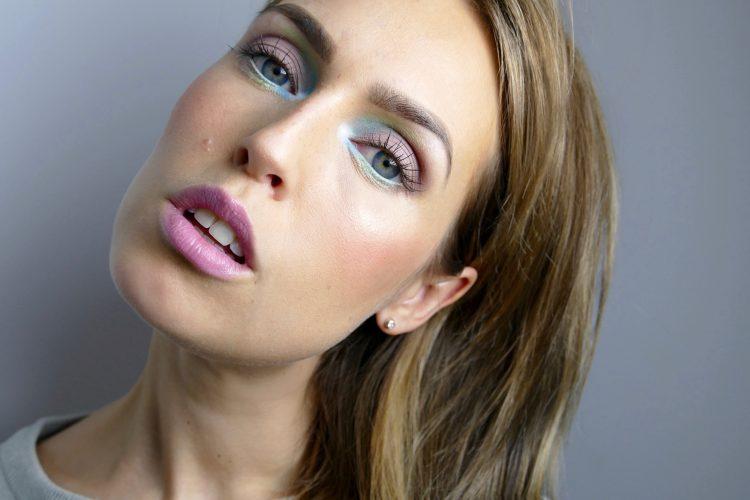 Pastello inspirerad makeup