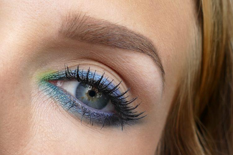 Zoeva bangerhead makeup