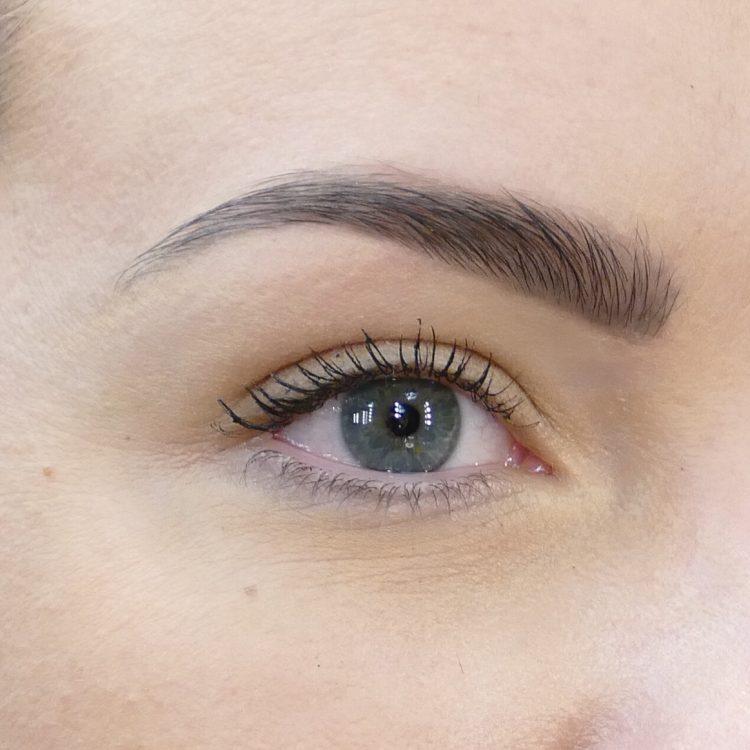 Färga dina ögonbryn bangerhead