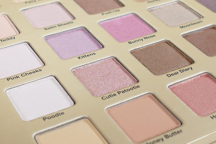 Natural Love Too faced palette