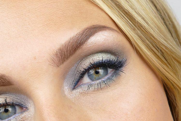 utsuddad eyeliner