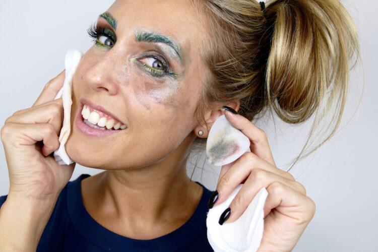 rengöring kraftig makeup