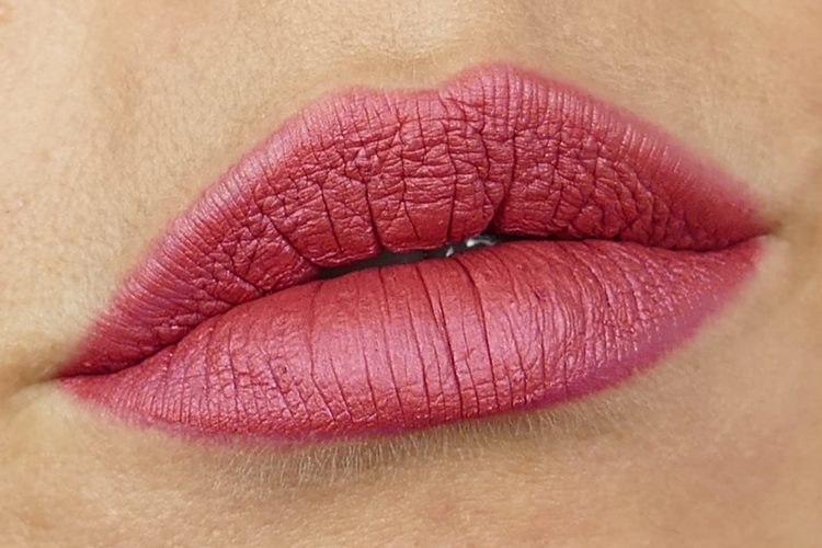Velvet line Long lasting lip pencil Grace