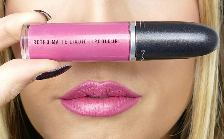 Retro Matte Liquid lipcolour Metallic Rose