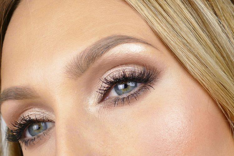 brunt sotade ögon