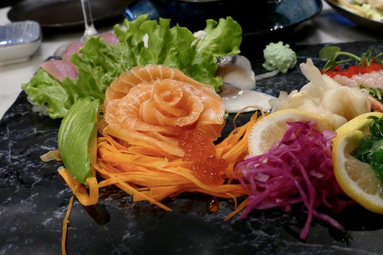 lax sashimi stockholm