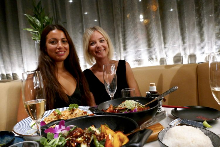Restaurangbesök med vänner