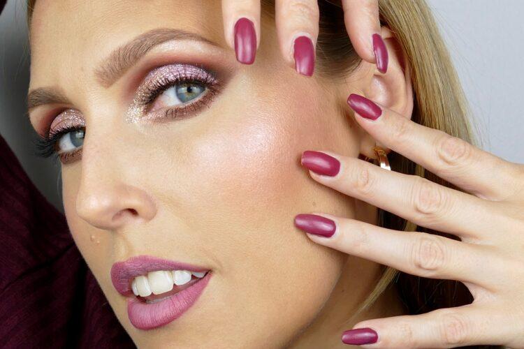 rosa höst makeup