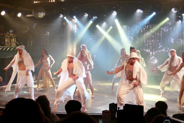 Dans show todes