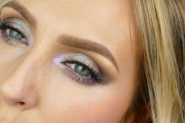 Worth The Hype purple mascara