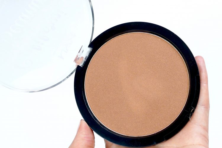 California Beamin' Face & Body Bronzer nyx
