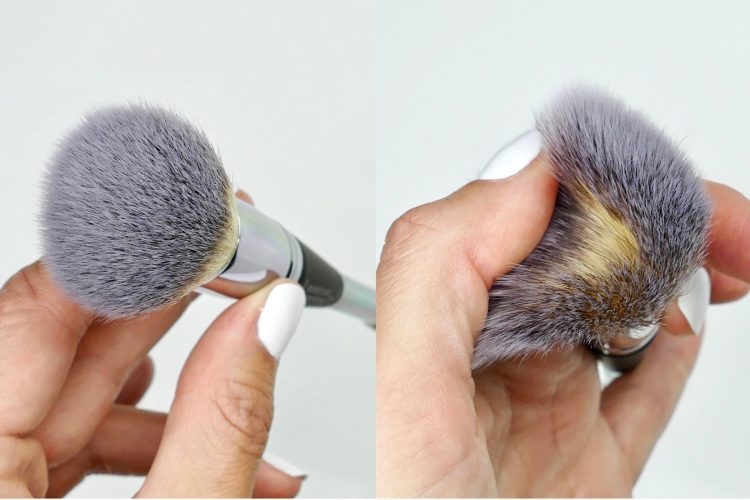 Heavenly Luxe Complexion Perfection Brush 7