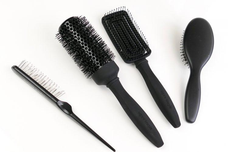 bra hårborstar