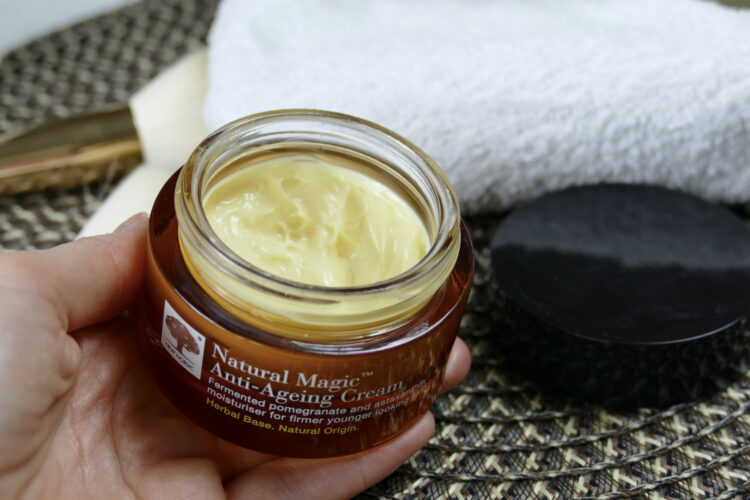Natural magic anti ageing cream